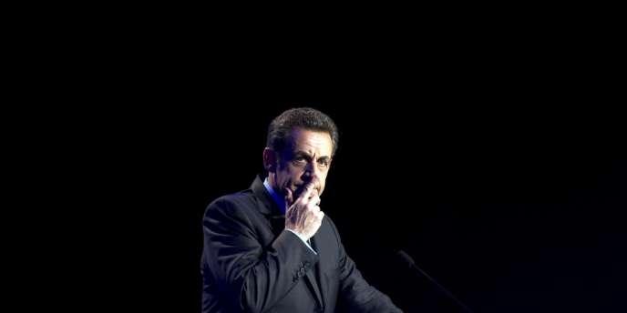 Nicolas Sarkozy au parc des expositions de Besançon, le 30 mars 2012.