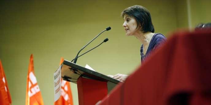 Nathalie Arthaud, lors d'une réunion publique, à Toulouse, le 30 mars 2012.