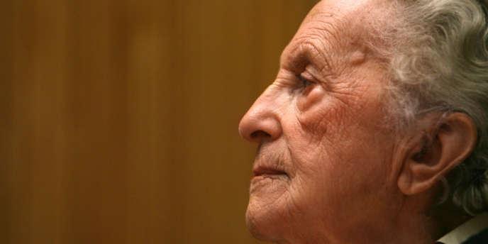 L'ancienne résistante communiste Lise London est morte, samedi 31 mars à Paris, à l'âge de 96 ans.