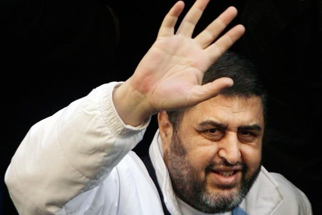 Les Frères musulmans avaient dans un premier temps désigné Khairat Al-Chater comme candidat.