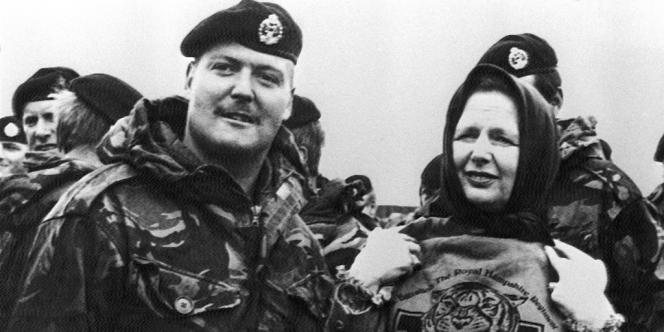 La première ministre britannique Margaret Thatcher a lancé une offensive sur les Malouines pour les récupérer, en 1982.