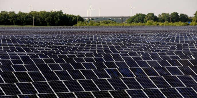 Q-Cells, le numéro un des cellules photovoltaïques en Allemagne, a annoncé son dépôt de bilan pour le mardi 3 avril. Photo prise à Bitterfeld-Wolfen le 2 juillet 2008.