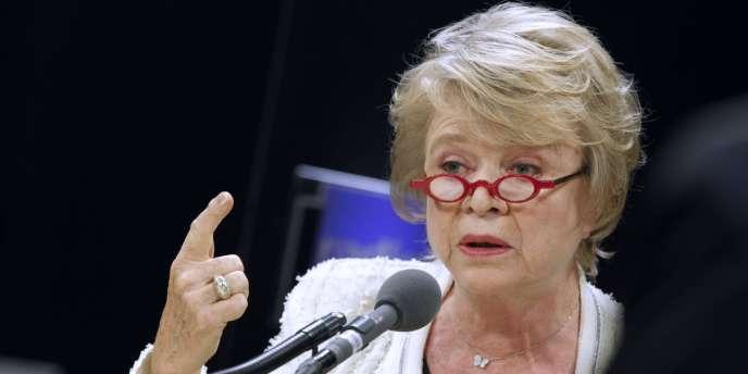 Eva Joly, dimanche 1er avril, lors de l'émission politique de Radio France.