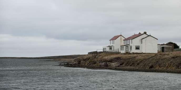 L'archipel des Malouines est disputé pour ses larges ressources halieutiques ainsi que la richesse de son sous-sol.