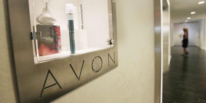 Le groupe américain Avon fait un bénéfice de 11 milliards de dollars chaque année.