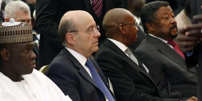 Le ministre des affaires étrangères, Alain Juppé, a expliqué que la France entendait mobiliser l'ONU contre le