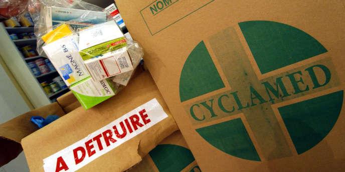 Quelque 14 565 tonnes de MNU ont été collectées par les pharmacies et grossistes répartiteurs, chiffre en augmentation de 9,3 % par rapport à 2010.