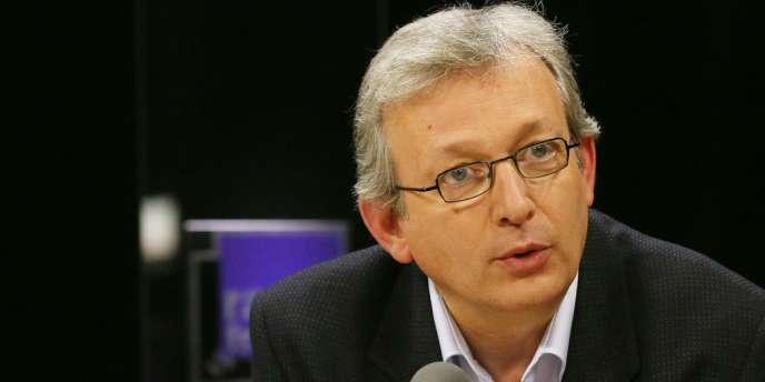 Pierre Laurent, en mars 2012, pendant l'émission