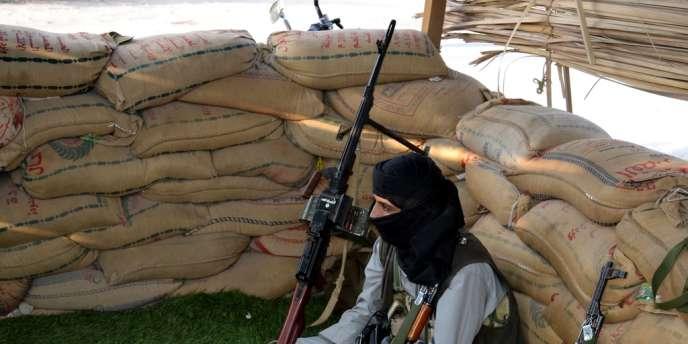 Un combattant d'Al-Qaida, dans la région de Shabwa, au Yémen, le 31 mars 2012.