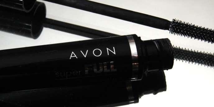 Le groupe américain de cosmétiques Coty veut racheter son rival Avon, spécialiste de la vente directe.