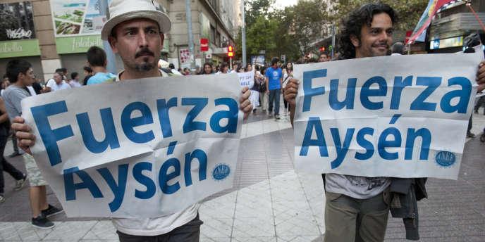 Porté par un consortium hispano-chilien, Endesa-Colbun, le méga-projet hydroélectrique avait généré en mai une forte mobilisation populaire contre lui.