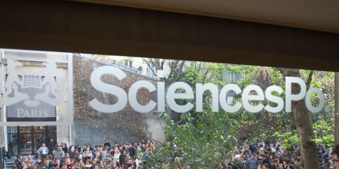 Exonérer du concours classique des jeunes issus de lycées défavorisés était la seule voie possible d'intégration pour l'ancien directeur de Sciences Po Paris, Richard Descoings (1996-2012).