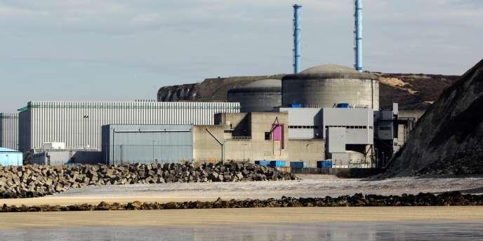 Les installations nucléaires françaises implantées en bord de mer, comme Penly (photo) et Paluel, sont déjà  confrontées à l'arrivée de bancs de poissons exceptionnels ou à la prolifération d'algues. En attendant les méduses ?