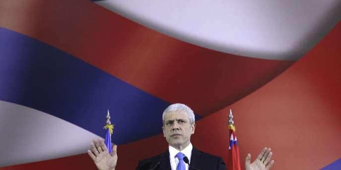 Le président serbe Boric Tadic a annoncé sa démission mercredi 4 mars, neuf mois avant la fin de son mandat.