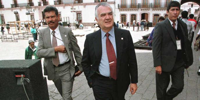 Miguel de la Madrid en avril 1997.
