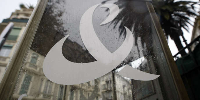 La direction du groupe a annoncé, jeudi 25 octobre, une baisse de son dividende pour 2012 et 2013.