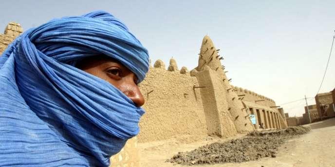 Tombouctou, ville du nord du Mali contrôlée depuis fin mars par les islamistes, a été inscrite jeudi 28 juin sur la liste du patrimoine mondial en péril par l'Unesco à la demande du gouvernement malien.