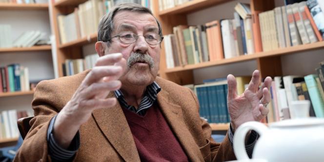 L'écrivain allemand Günter Grass à son domicile à Behlendorf, le 5 avril 2012.