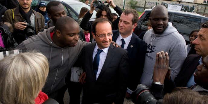 François Hollande était en déplacement à Aubervilliers, samedi 7 avril.