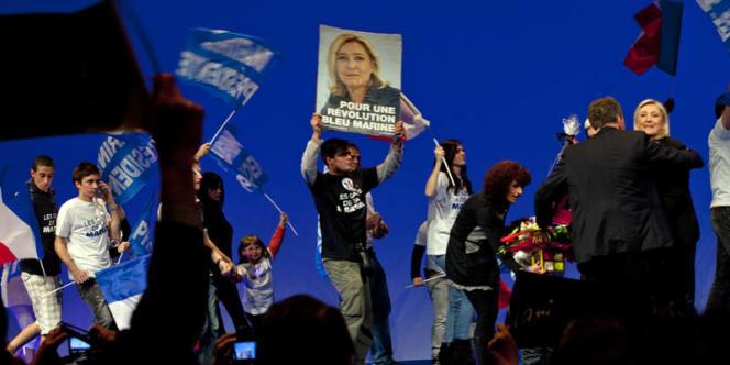 Lors du meeting de Marine Le Pen, à Lyon, samedi 7 avril.