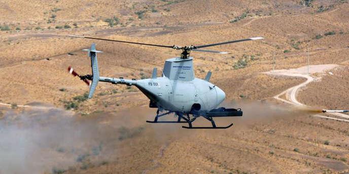 Un MQ-8B Fire Scout, hélicoptère sans pilote de la marine américaine.