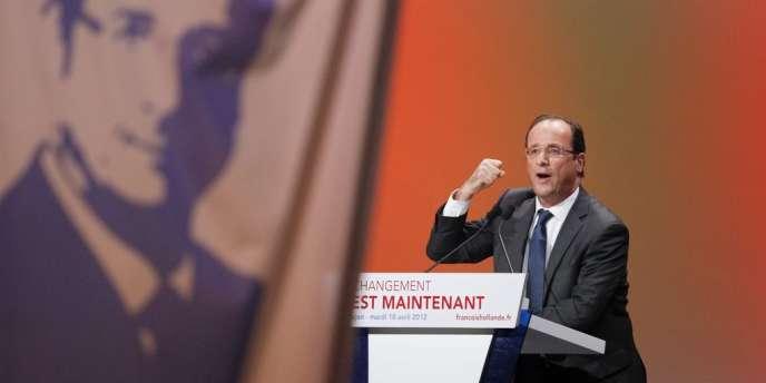 François Hollande, lors de son meeting à Besançon, le 10 avril 2012.