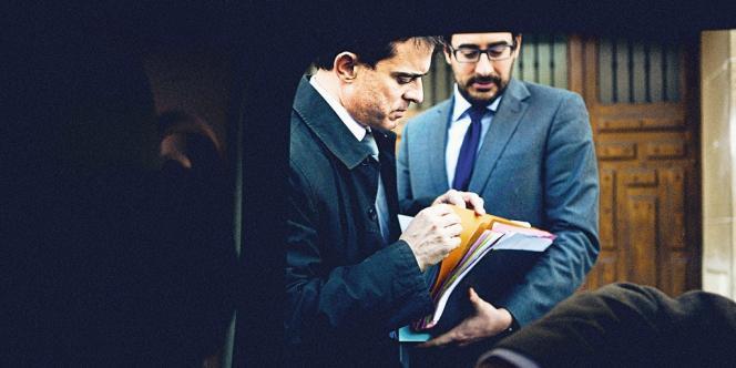 Avec son chef de cabinet Sébastien Gros, qui a lui aussi rejoint  le QG du candidat socialiste. Photo:Christopher Morris/VII pour M Le magazine du Monde