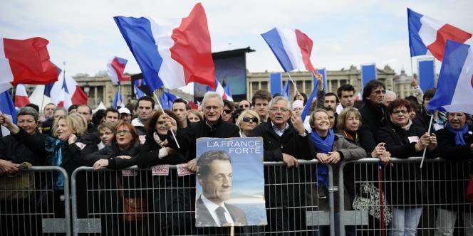 Au meeting de Nicolas Sarkozy, place de la Concorde à Paris, dimanche 15 avril.