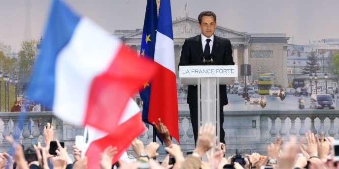 Nicolas Sarkozy lors de son discours place de la Concorde à Paris, dimanche 15 avril.