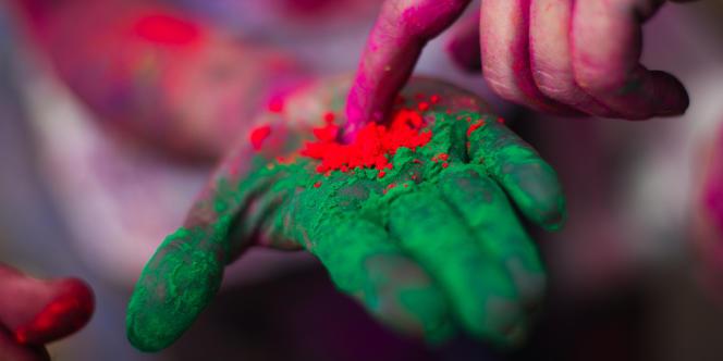 Les troubles de la vision des couleurs affectent, dans les pays industrialisés, environ 8 % des hommes et 0,4 % des femmes, soit deux millions de personnes en France.