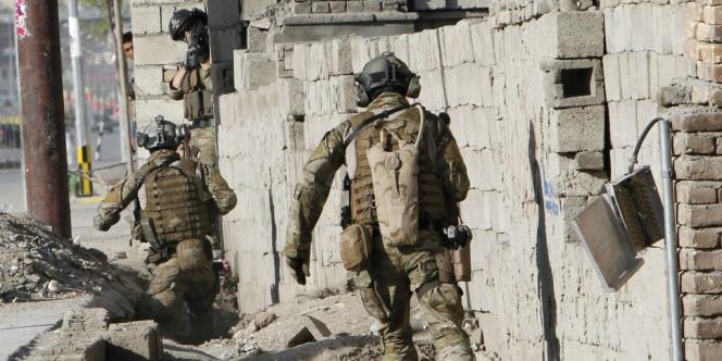 L'armée française a officiellement quitté, mardi 31 juillet, le district de Surobi, près de Kaboul, une étape importante du retrait de ses troupes d'Afghanistan, qui doit s'achever à la fin de 2013.