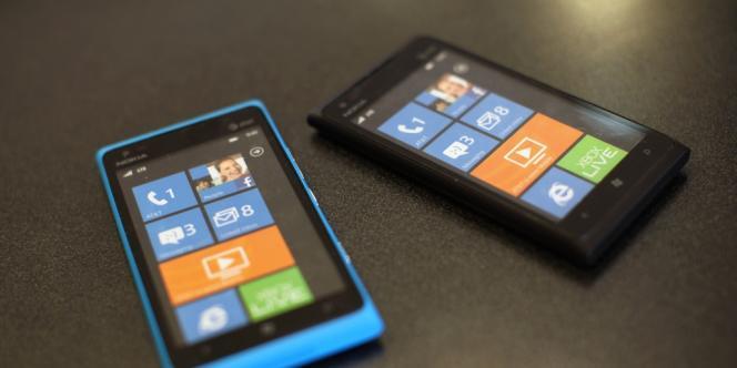 Nokia a présenté deux nouveaux téléphones Lumia 520 et 720, dont le premier démarre à seulement 199 euros. Deux smartphones aux écrans certes plus petits et aux processeurs moins puissants que la gamme des Lumia 900.