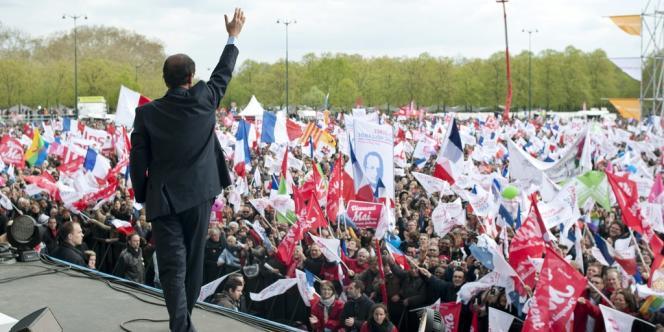 Même si François Hollande déclare ne pas vouloir entendre parler de l'organisation du meeting de l'entre-deux tours, son équipe s'y est déjà attelée.