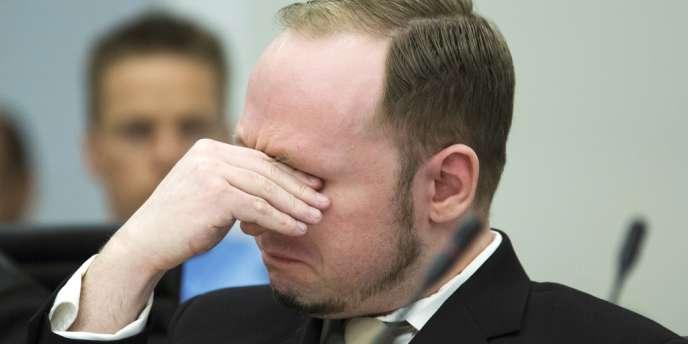 Anders Behring Breivik, lundi 16 avril 2012, au tribunal d'Oslo.