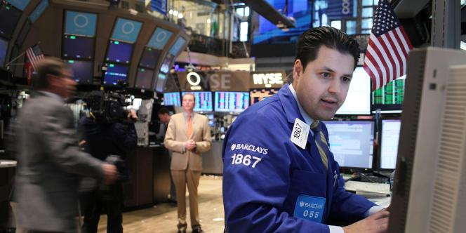 L'enquête concernant les traders est menée parallèlement aux efforts des autorités de régulation pour déterminer la responsabilité éventuelle des banques dans ce scandale.