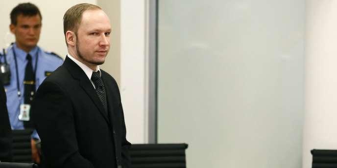 Le sang-froid d'Anders Behring Breivik face aux juges, le 17 avril 2012.