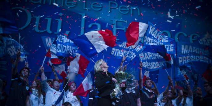 Lors du meeting de Marine Le Pen, mardi 17 avril, au Zénith de Paris.