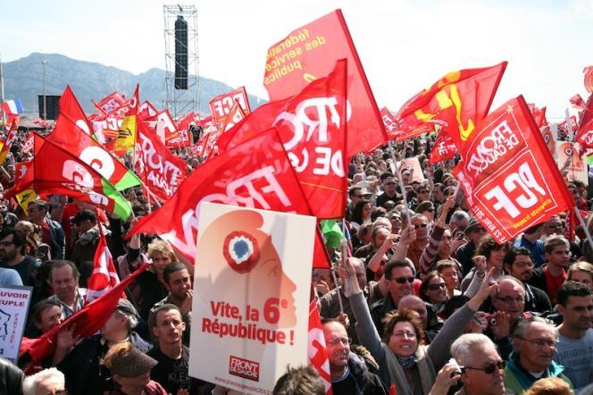 Meeting de Jean-Luc Mélenchon sur la plage du Prado à Marseille, le 14 avril.