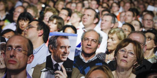 Dimanche 25 mars, dans la salle du meeting du candidat François Bayrou au Zénith de Paris.
