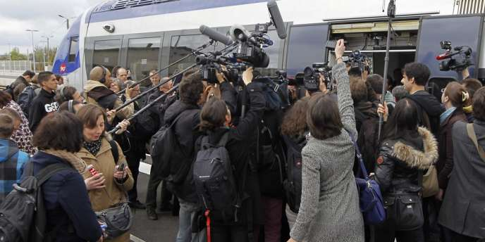 D'ici au second tour, François Hollande a l'intention de multiplier les signes et les gestes de ce qui pourrait être la