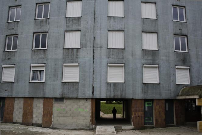 Une partie de ce bâtiment de la cité des Courtillières actuellement vide sera détruite.