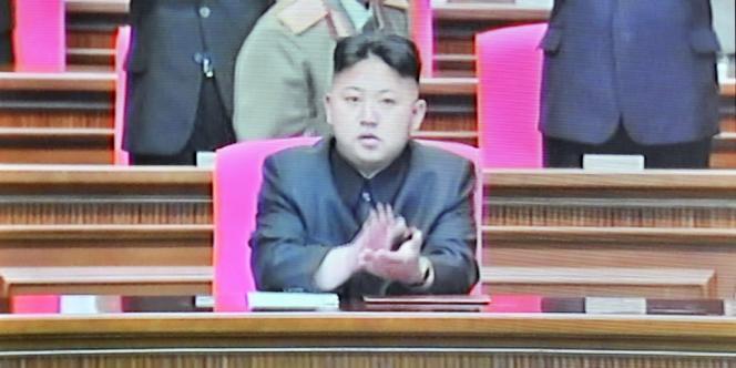 Kim Jong-un, le commandant suprême de l'Armée populaire de Corée, lors d'une réunion marquant le 80e anniversaire de la création de l'armée, à Pyongyang, le 25 avril 2012.