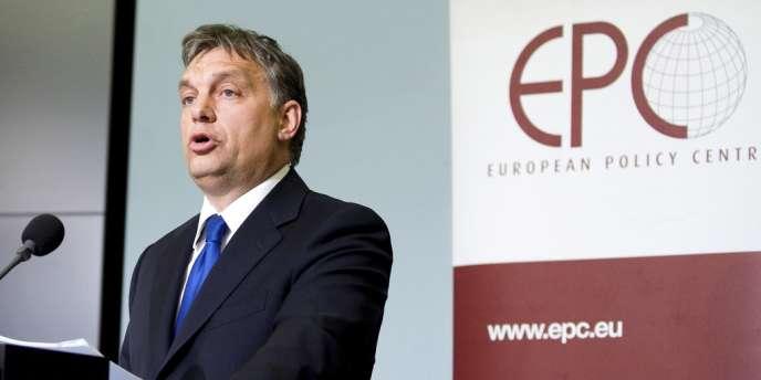 A l'approche des législatives prévues le 6 avril, le gouvernement de Viktor Orban joue sur la fibre nationaliste.