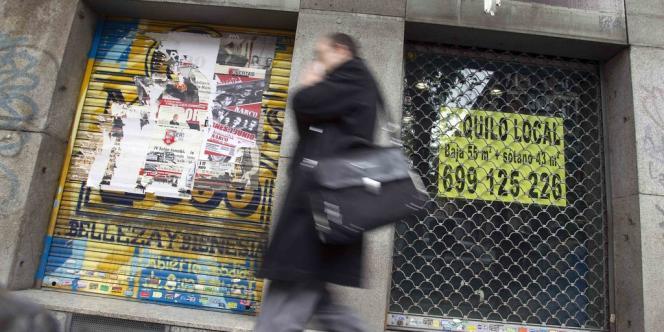 Magasin à vendre à Madrid, le 27 avril 2012.