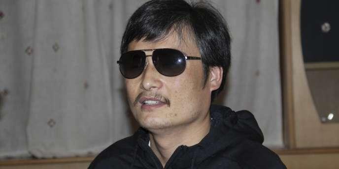 Le ministère chinois des affaires étrangères ne s'est pas exprimé sur l'évasion de Chen Guangcheng, source d'embarras pour Pékin à quelques jours de la visite en Chine de la secrétaire d'Etat américaine Hillary Clinton qui avait réclamé par le passé sa libération.