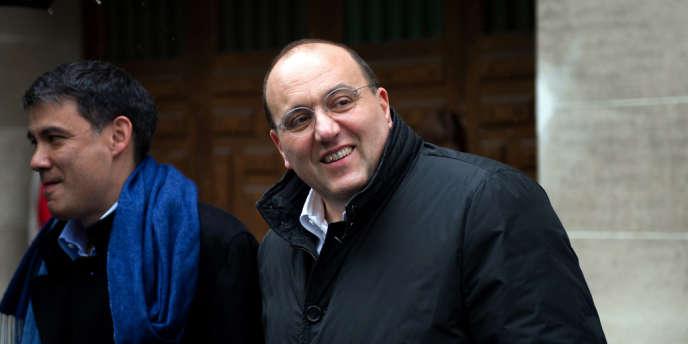 Julien Dray, le 23 avril 2012, au QG de campagne de François Hollande.