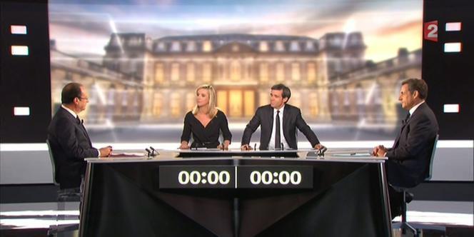 François Hollande et Nicolas Sarkozy sur le plateau du débat le 2 mai.