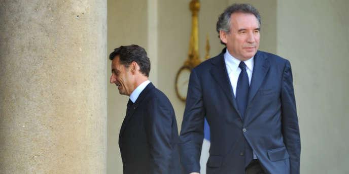 François Bayrou et Nicolas Sarkozy, sur le perron de l'Elysée le 11 juin 2009.
