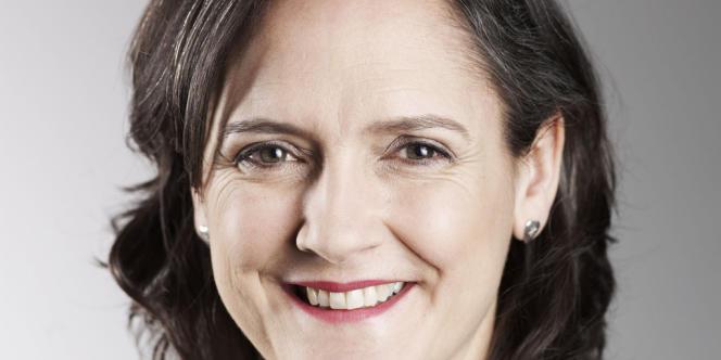 Kate Harwood, responsable des séries à la BBC.