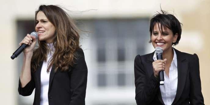 Najat Vallaud-Belkacem et Aurélie Filippetti, lors du meeting de François Hollande à Vincennes, le 15 avril 2012.